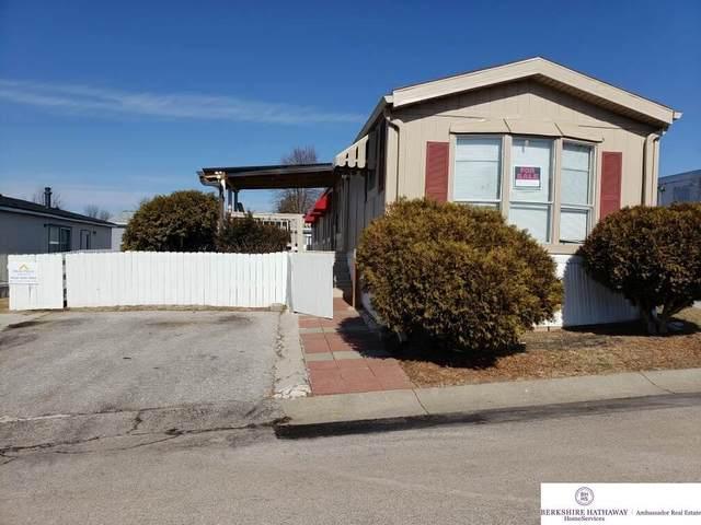15128 Howe Plaza #100, Omaha, NE 68144 (MLS #22003794) :: kwELITE