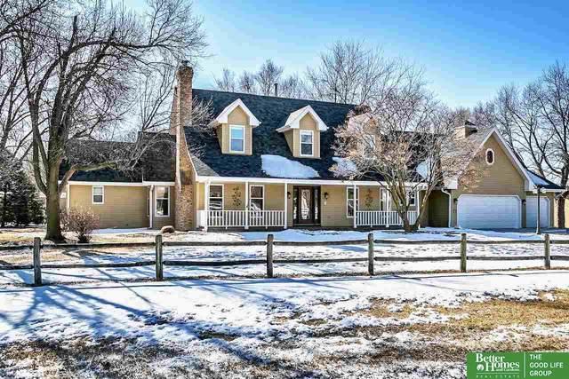 21465 Bonanza Boulevard, Omaha, NE 68022 (MLS #22003827) :: Dodge County Realty Group