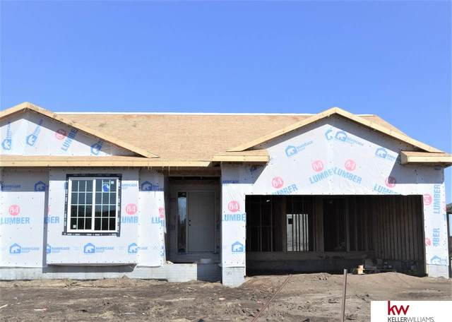2908 Lakeside Drive, Plattsmouth, NE 68048 (MLS #22003865) :: Dodge County Realty Group