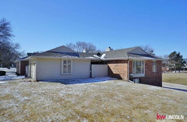 4301 Ridgeview Drive, Lincoln, NE 68516 (MLS #22003875) :: Lincoln Select Real Estate Group