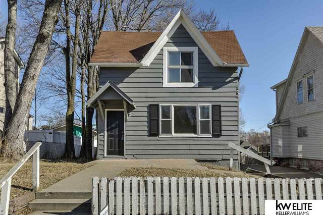 1333 S 28 Street, Omaha, NE 68105 (MLS #22003876) :: Stuart & Associates Real Estate Group