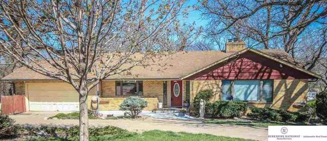 327 Bellevue Boulevard, Bellevue, NE 68005 (MLS #22003902) :: Complete Real Estate Group
