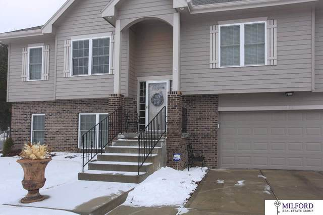 3213 Lookingglass Drive, Bellevue, NE 68123 (MLS #22003945) :: Stuart & Associates Real Estate Group