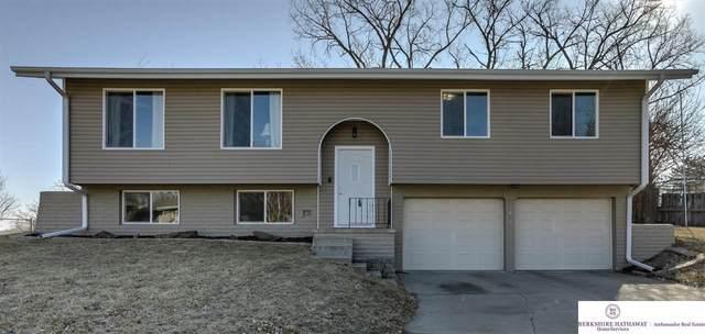 13805 X Circle, Omaha, NE 68137 (MLS #22003949) :: Dodge County Realty Group
