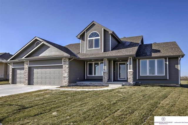 12012 S 44th Street, Bellevue, NE 68123 (MLS #22003970) :: Stuart & Associates Real Estate Group