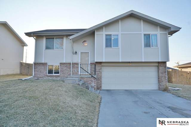 5615 S 82Nd Street, Lincoln, NE 68516 (MLS #22004005) :: Complete Real Estate Group