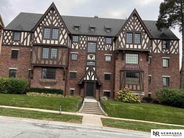4907 Davenport Street #3, Omaha, NE 68132 (MLS #22004117) :: Capital City Realty Group