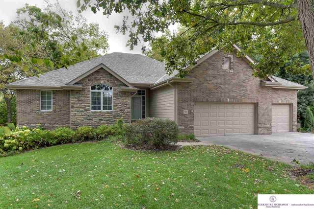 11803 Windcrest Drive, Papillion, NE 68133 (MLS #22004158) :: Stuart & Associates Real Estate Group