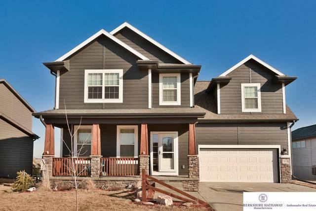 20526 D Street, Elkhorn, NE 68022 (MLS #22004164) :: The Briley Team