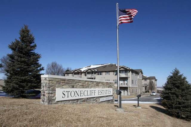 5831 Enterprise Drive #107, Lincoln, NE 68521 (MLS #22004216) :: Complete Real Estate Group