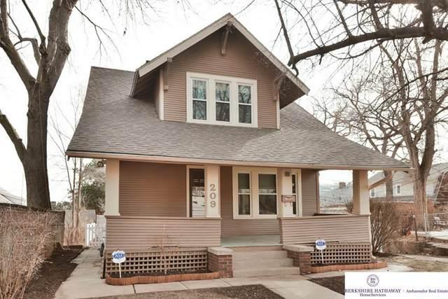 209 S 48 Street, Omaha, NE 68132 (MLS #22004315) :: kwELITE