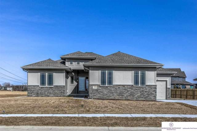 18528 Patrick Avenue, Elkhorn, NE 68022 (MLS #22004377) :: The Briley Team
