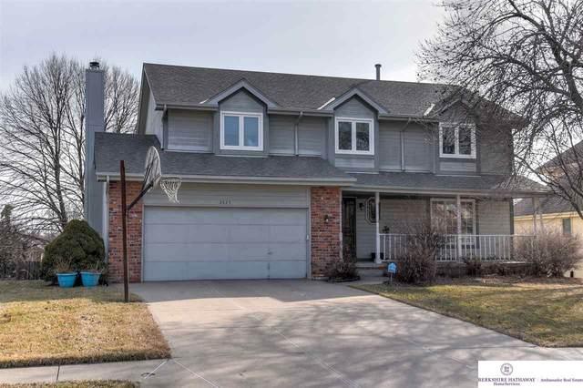 2625 N 155 Street, Omaha, NE 68116 (MLS #22004472) :: Cindy Andrew Group