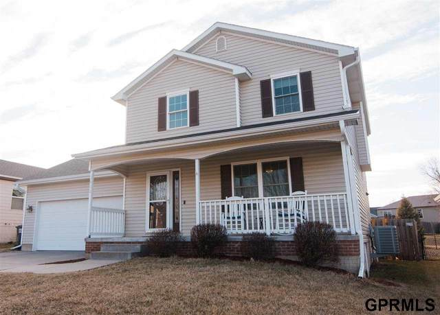 1901 46Th Street, Lincoln, NE 68528 (MLS #22004476) :: Cindy Andrew Group