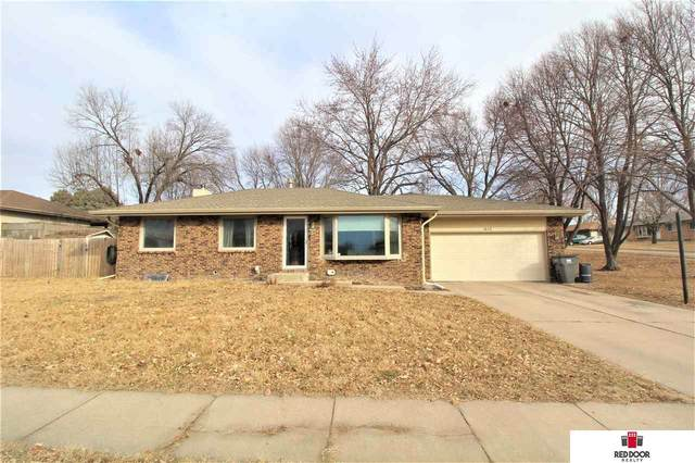 1632 Dodge Street, Lincoln, NE 68521 (MLS #22004713) :: Lincoln Select Real Estate Group