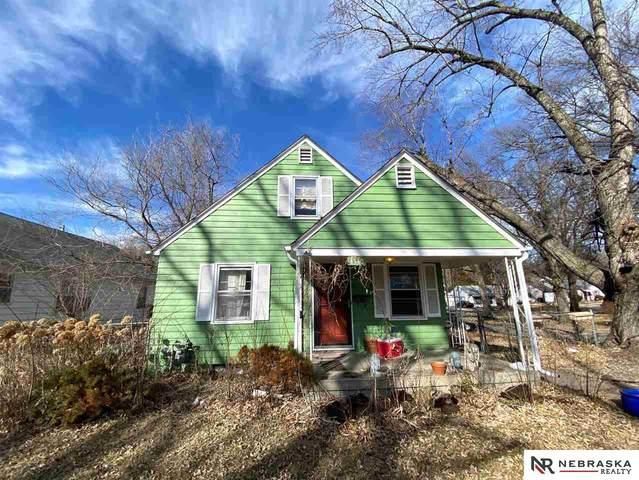 4340 J Street, Lincoln, NE 68510 (MLS #22004721) :: Lincoln Select Real Estate Group