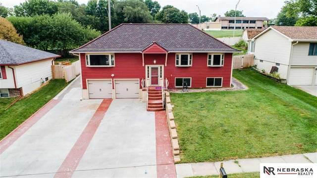 9179 Ogden, Omaha, NE 68134 (MLS #22004723) :: Dodge County Realty Group