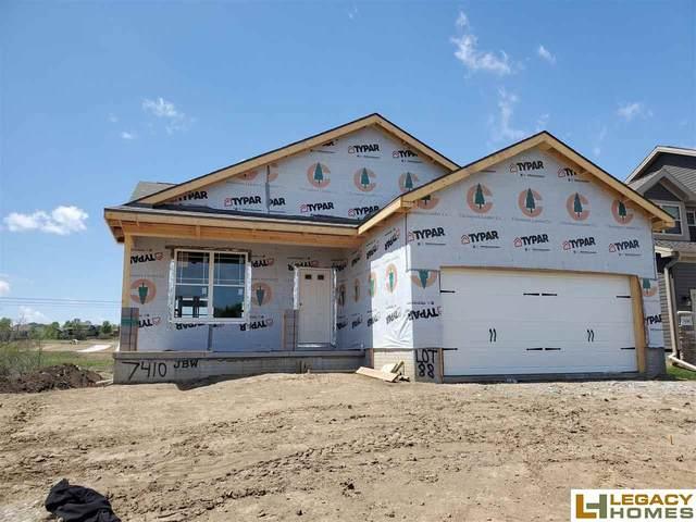 7410 S 184th Street, Omaha, NE 68136 (MLS #22004751) :: One80 Group/Berkshire Hathaway HomeServices Ambassador Real Estate