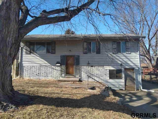 14042 O Street, Omaha, NE 68137 (MLS #22004752) :: Catalyst Real Estate Group