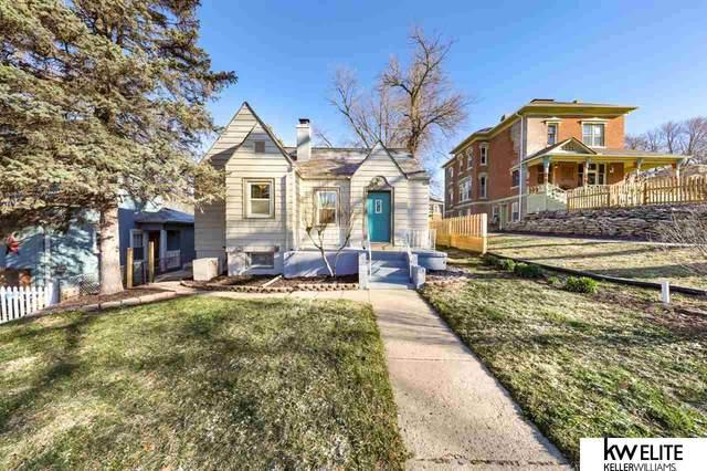 612 Avenue C, Plattsmouth, NE 68048 (MLS #22004798) :: Complete Real Estate Group