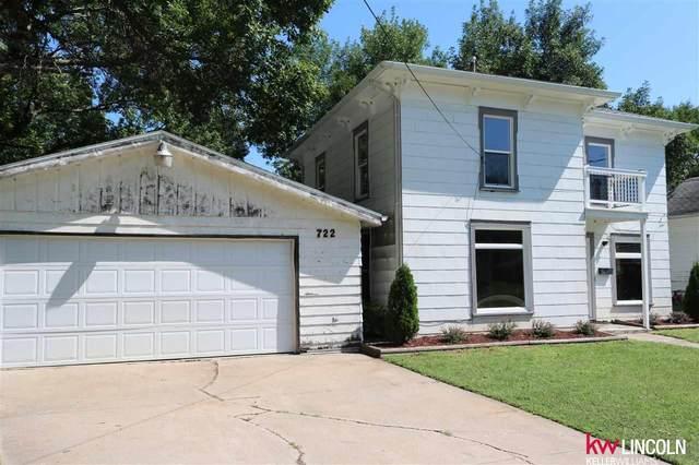 722 S Chestnut Street, Friend, NE 68359 (MLS #22005076) :: Dodge County Realty Group