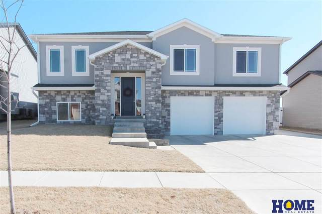 6940 N 13th Circle, Lincoln, NE 68521 (MLS #22005137) :: Dodge County Realty Group