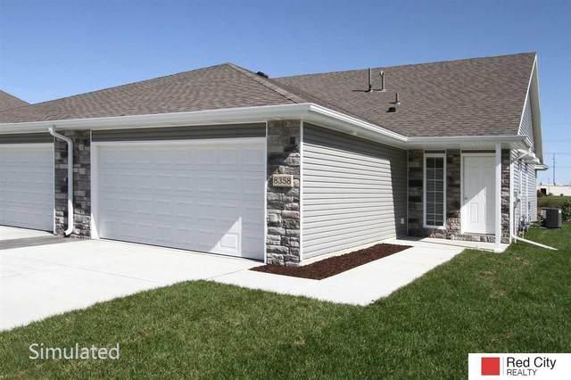 8928 Tumbleweed Drive, Lincoln, NE 68507 (MLS #22005263) :: The Briley Team