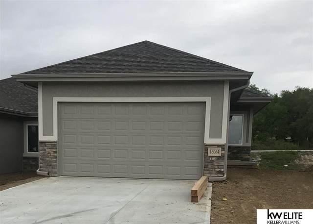 16064 C W Hadan Drive, Bennington, NE 68007 (MLS #22005352) :: kwELITE