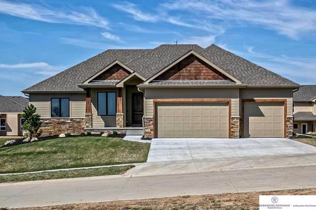 10114 S 105 Avenue, Papillion, NE 68046 (MLS #22005369) :: Dodge County Realty Group