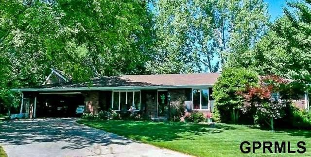 6307 Yellowstone Circle, Lincoln, NE 68510 (MLS #22005607) :: Lincoln Select Real Estate Group