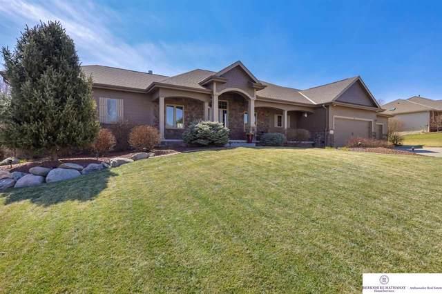 19805 Elkhorn Ridge Drive, Elkhorn, NE 68022 (MLS #22005623) :: One80 Group/Berkshire Hathaway HomeServices Ambassador Real Estate