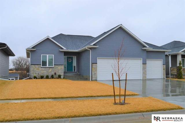 7130 N 50Th Place, Lincoln, NE 68514 (MLS #22005693) :: Complete Real Estate Group