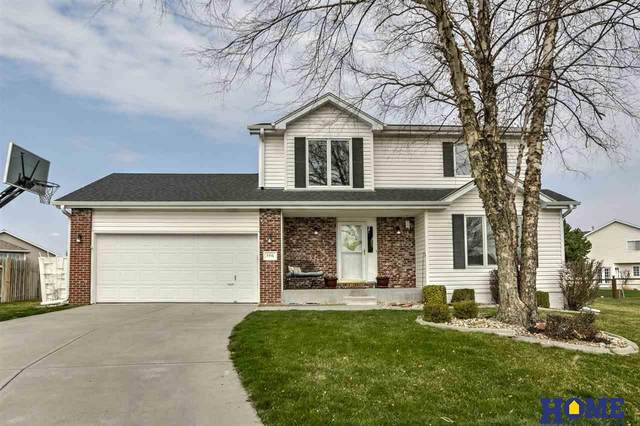 7715 S 34th Street Court, Lincoln, NE 68516 (MLS #22005960) :: Cindy Andrew Group