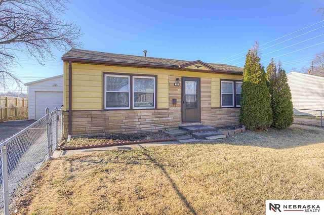 7111 Florence Street, La Vista, NE 68128 (MLS #22005976) :: Catalyst Real Estate Group