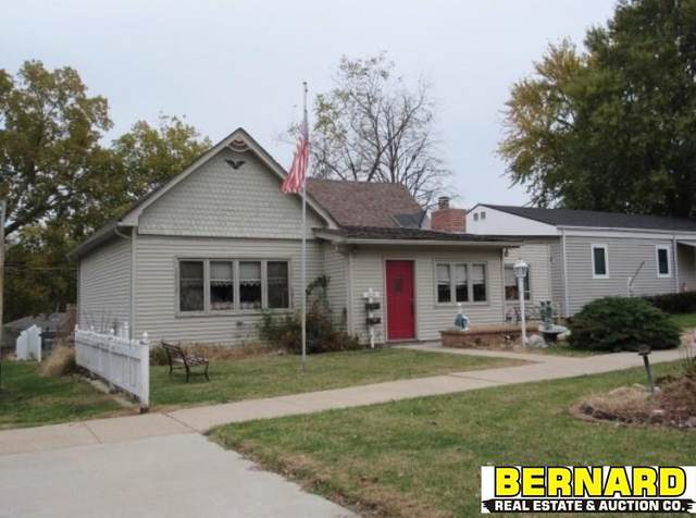 1914 2nd Avenue, Nebraska City, NE 68410 (MLS #22005979) :: Complete Real Estate Group
