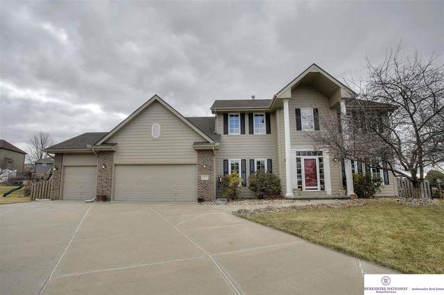 9401 Margo Circle, La Vista, NE 68128 (MLS #22006061) :: Omaha Real Estate Group