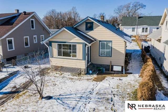 1820 N 31 Street, Omaha, NE 68111 (MLS #22006095) :: Dodge County Realty Group