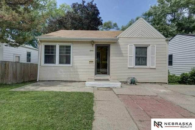 3944 N 54 Street, Omaha, NE 68104 (MLS #22006175) :: Complete Real Estate Group