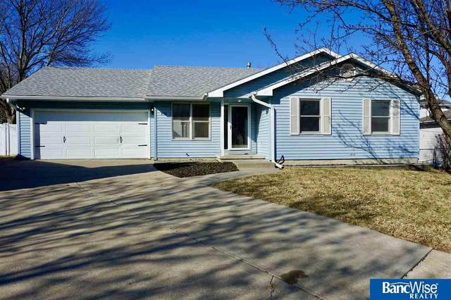 836 Mary Court, Lincoln, NE 68522 (MLS #22006239) :: Lincoln Select Real Estate Group