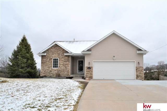 8725 Riverdale Road, Plattsmouth, NE 68048 (MLS #22006342) :: Dodge County Realty Group