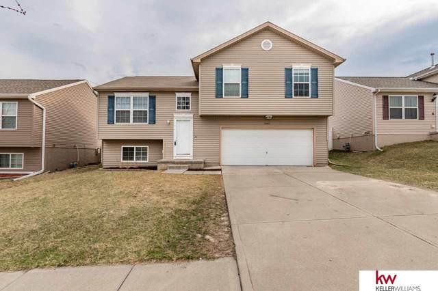 14467 Reynolds Street, Bennington, NE 68007 (MLS #22006349) :: kwELITE