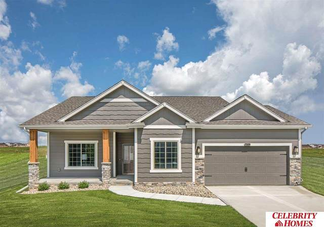 11204 Slayton Street, Papillion, NE 68046 (MLS #22006378) :: Capital City Realty Group