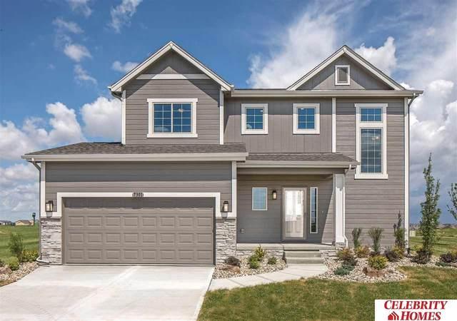 18615 Redwood Street, Gretna, NE 68028 (MLS #22006520) :: kwELITE