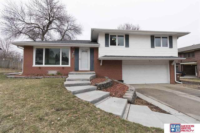 2500 Jameson S Street, Lincoln, NE 68512 (MLS #22006605) :: The Briley Team