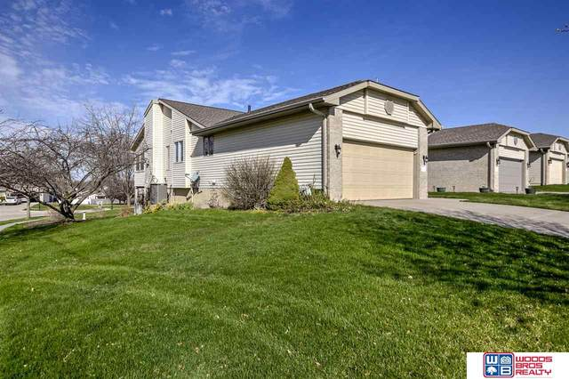 2635 Arrow Ridge Place, Lincoln, NE 68506 (MLS #22006661) :: Cindy Andrew Group