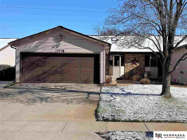 2218 Southwood Place, Lincoln, NE 68512 (MLS #22006835) :: The Briley Team