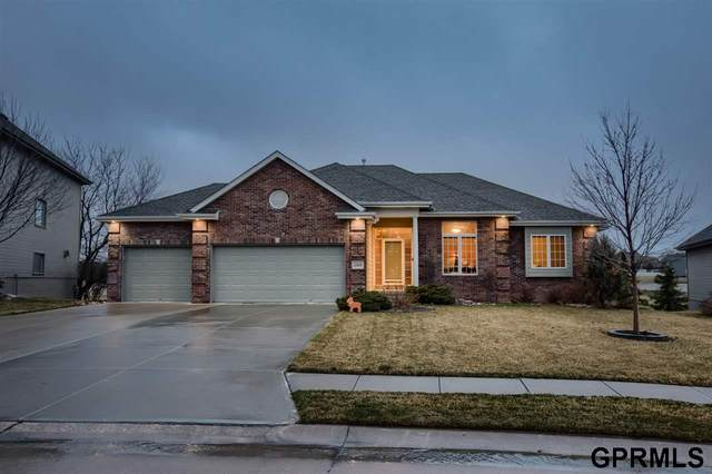 15938 Mary Street, Omaha, NE 68116 (MLS #22006843) :: Complete Real Estate Group