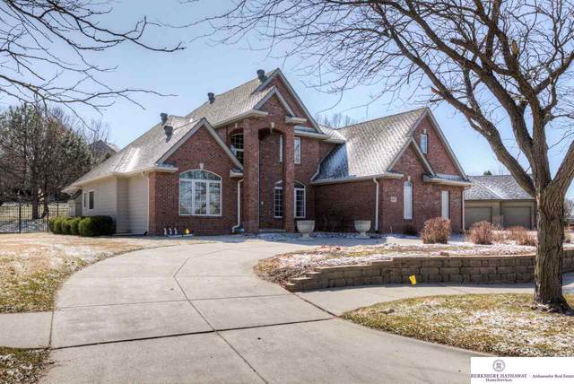 4005 S 177 Street, Omaha, NE 68130 (MLS #22006887) :: Dodge County Realty Group