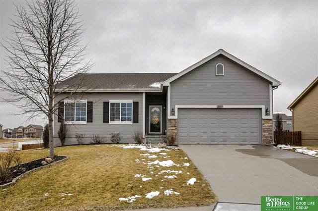 21117 Flagstone Circle, Gretna, NE 68028 (MLS #22006907) :: Dodge County Realty Group