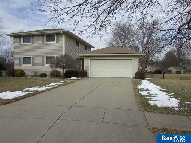 5601 Longhorn Circle, Lincoln, NE 68516 (MLS #22006967) :: kwELITE